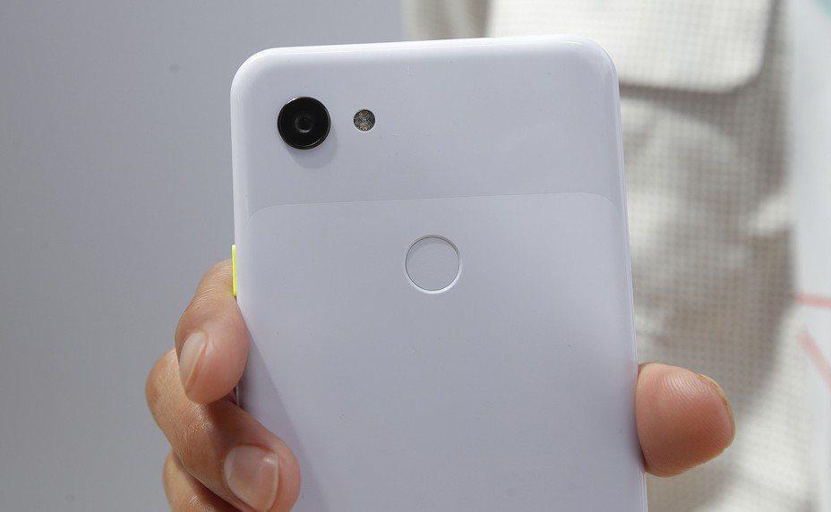 Google推出Pixel 3a系列智慧型手機與周邊配件。 美聯社