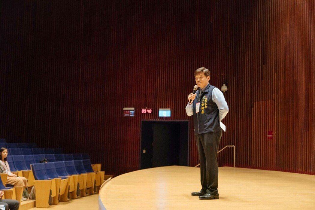 臺中市衛生局長曾梓展致詞。 弘光科大/提供。
