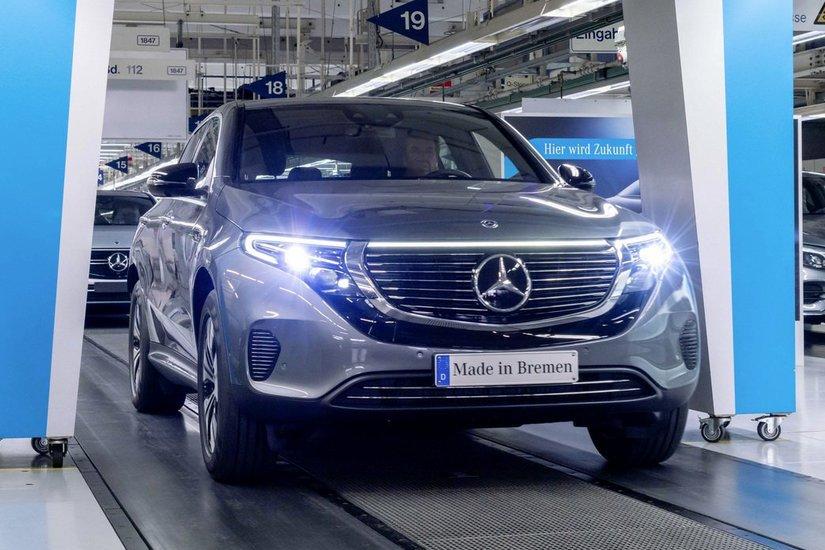Mercedes-Benz純電休旅EQC終於投產 售價硬是比Audi e-tron便宜!