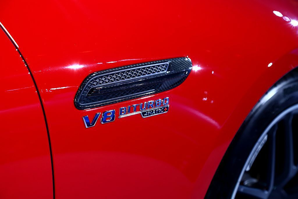 Mercedes-AMG GT 4-Door Coupe提供多款獨特的選配套件,...