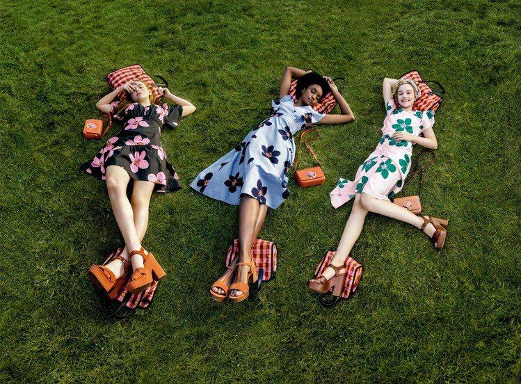 Kate Spade夏日形象廣告由《怪奇物語》的Sadie Sink等三位女演員...