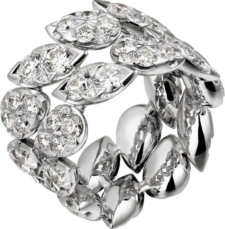 莉莉柯林斯配戴的卡地亞Pluie de Cartier戒指,18K白金鑲嵌鑽石,...