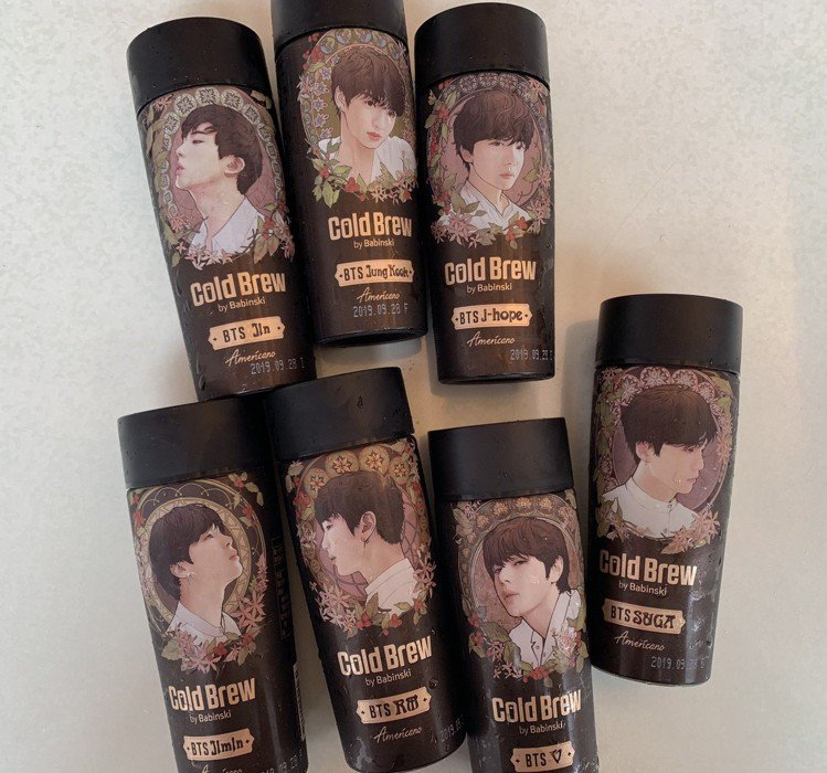 「BTS防彈少年團」限量肖像冷萃黑咖啡共限量15萬瓶,即日起至6月4日嘗鮮價99...