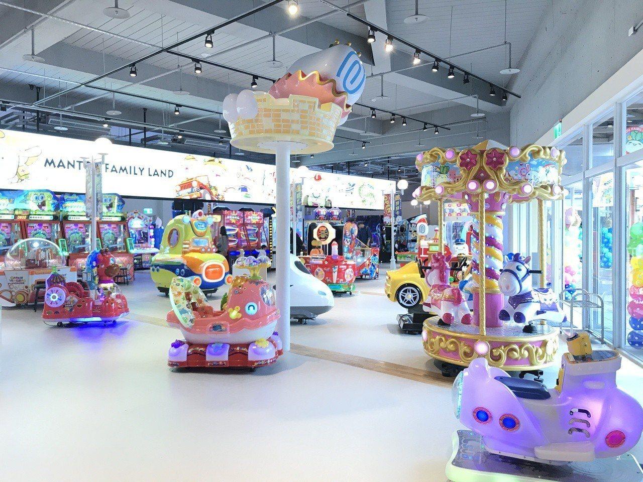 華泰名品城三期增設室內室外娛樂設施滿足家庭客。記者江佩君/攝影