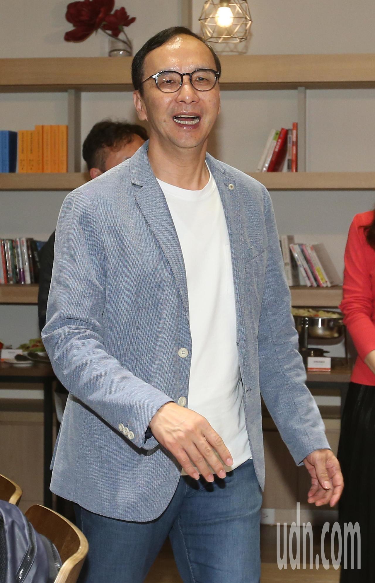 朱立倫表示「希望所有的粉都支持國民黨」。記者林澔一/攝影