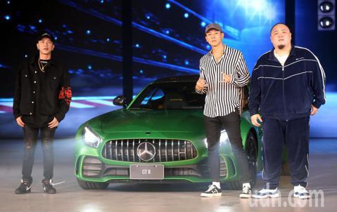 蕭敬騰今晚出席The new Mercedes-AMG GT 4-Door Coupé極速再臨,上市盛典,爆發熱力驚豔四座 ,嘻哈天團頑童MJ116也出席開場。