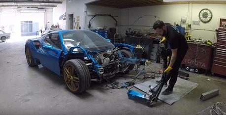 影/車頭全毀Ferrari 488 Spider超跑修復全記錄!