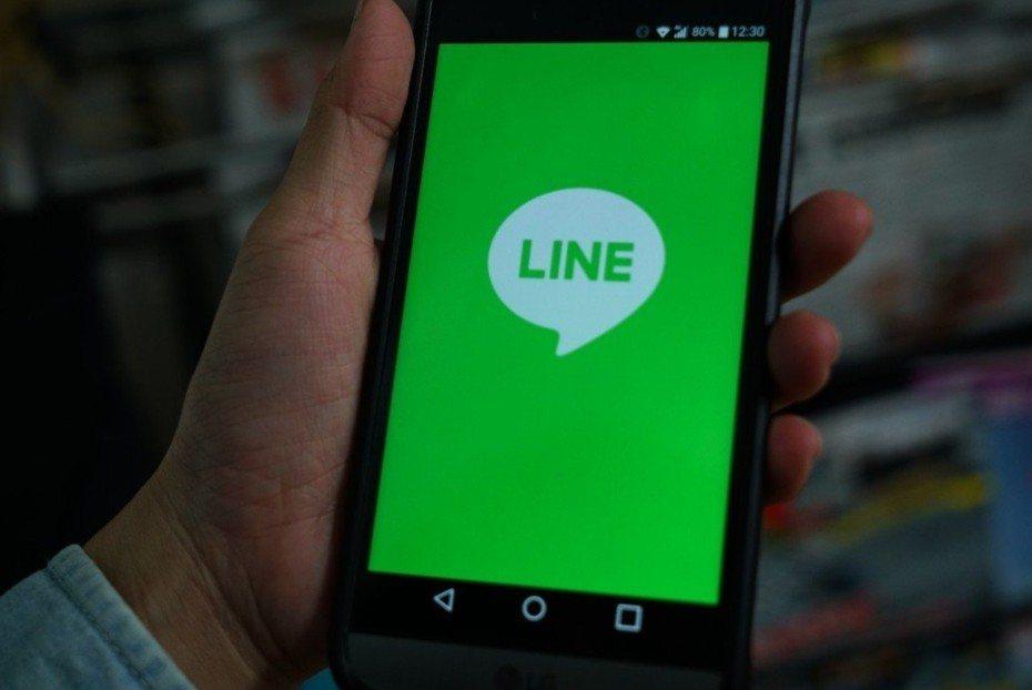 LINE是日本最大規模的大數據企業之一,在龐大的用戶基礎與社群優勢下,建構包含通...