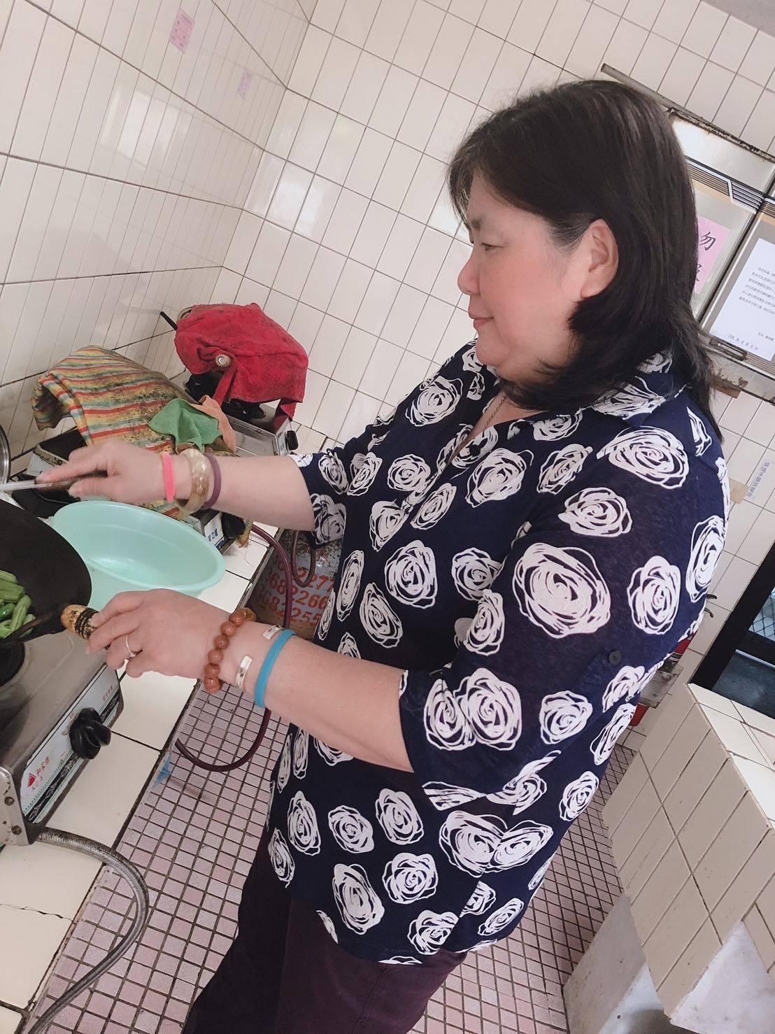 桃園八德榮家女性住民目前有92人,佔比將近六分之一,是全國女性住民最多的安養機構...