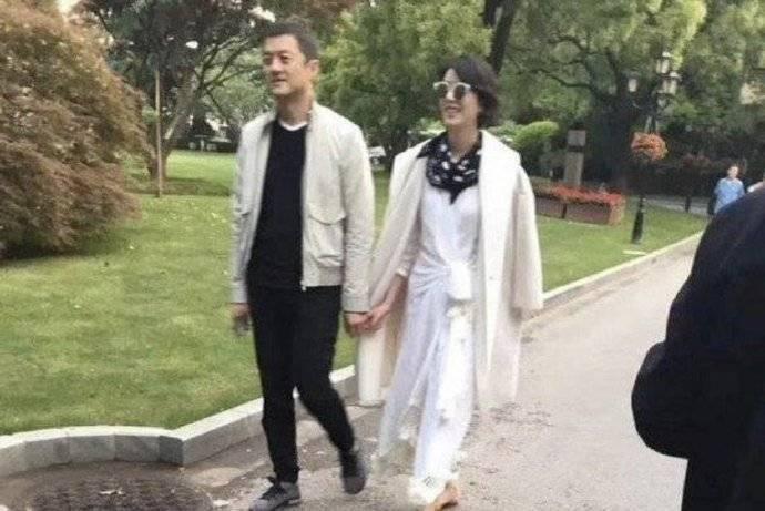 李亞鵬和短髮女子約會被目擊。圖/摘自微博