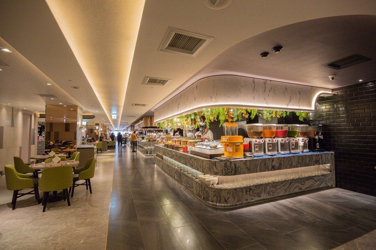 漢來海港台中店針對環境、動線、菜色進行全面升級。圖/漢來海港提供