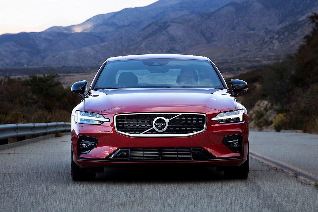 就算休旅當道,新S60也不惶多讓!Volvo汽車銷售增長有新生力軍