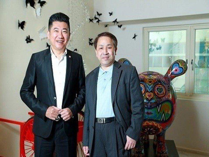 王明正(左)強調,下半年房市正要爆發。 圖/倪子仁提供