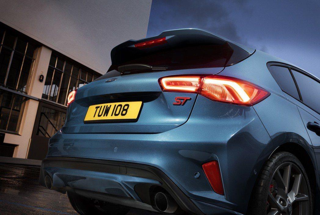 外型與動力都更加進化的新世代Ford Focus ST,是否更深得你心呢? 摘自...