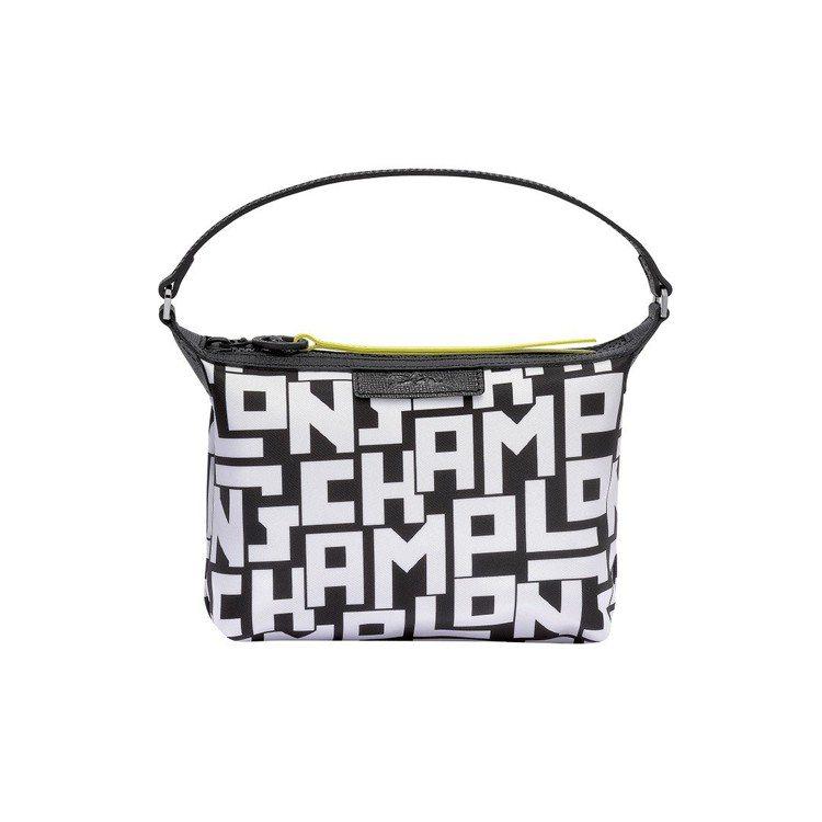 LGP系列白色側背包,售價5,400元。圖/LONGCHAMP提供
