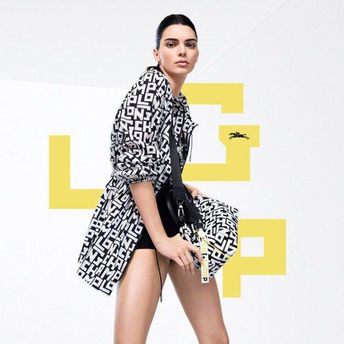 品牌代言人坎達爾珍娜拍攝全新Logo圖騰LGP系列。圖/LONGCHAMP提供
