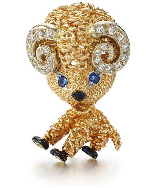 梵克雅寶經典動物胸針,18K黃金鑲嵌鑽石、藍寶石、琺瑯,估價約18萬元起。圖/蘇...