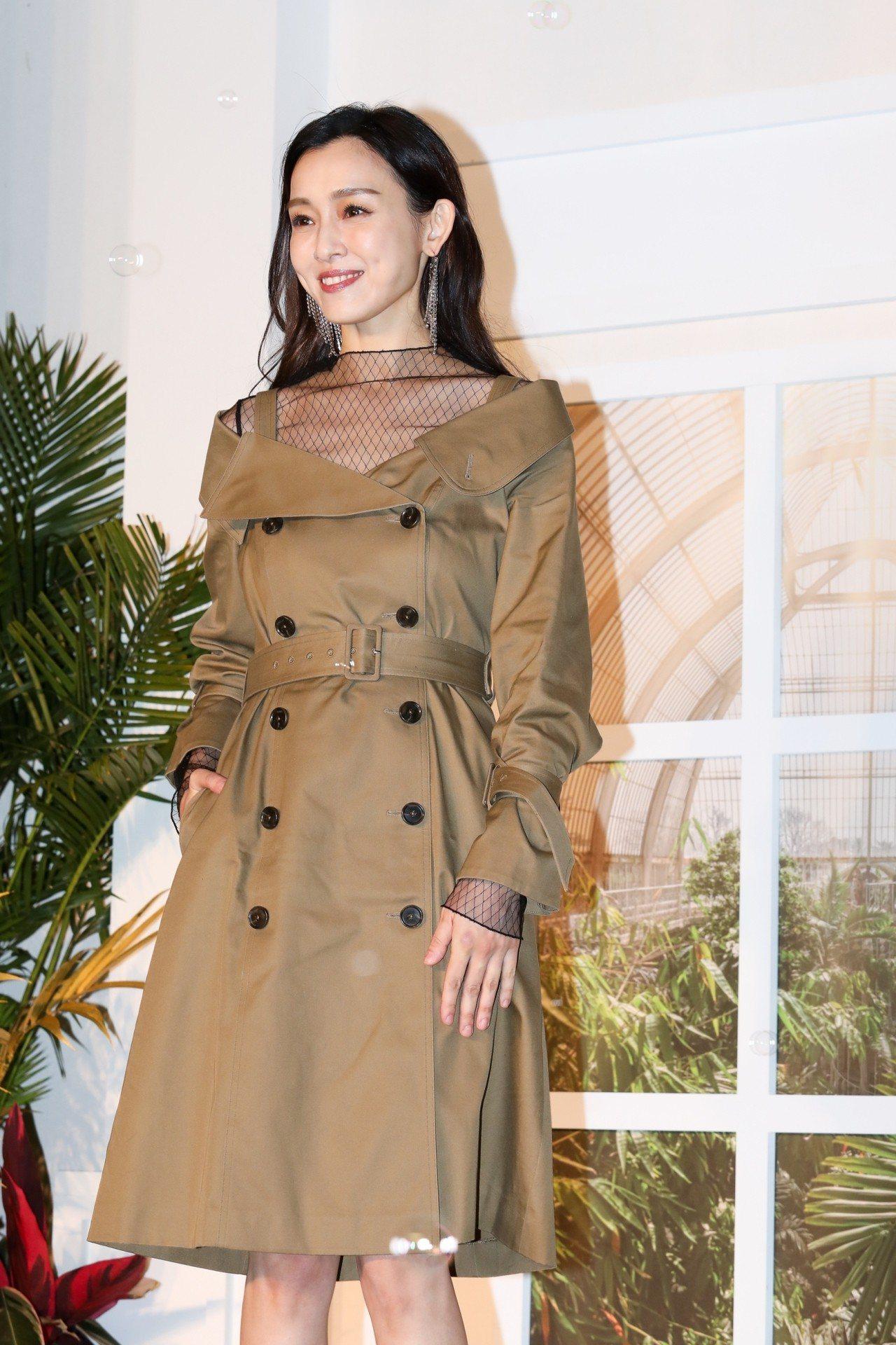 「范范」穿PORTSPURE秋冬新裝現身,小露性感。記者吳致碩/攝影
