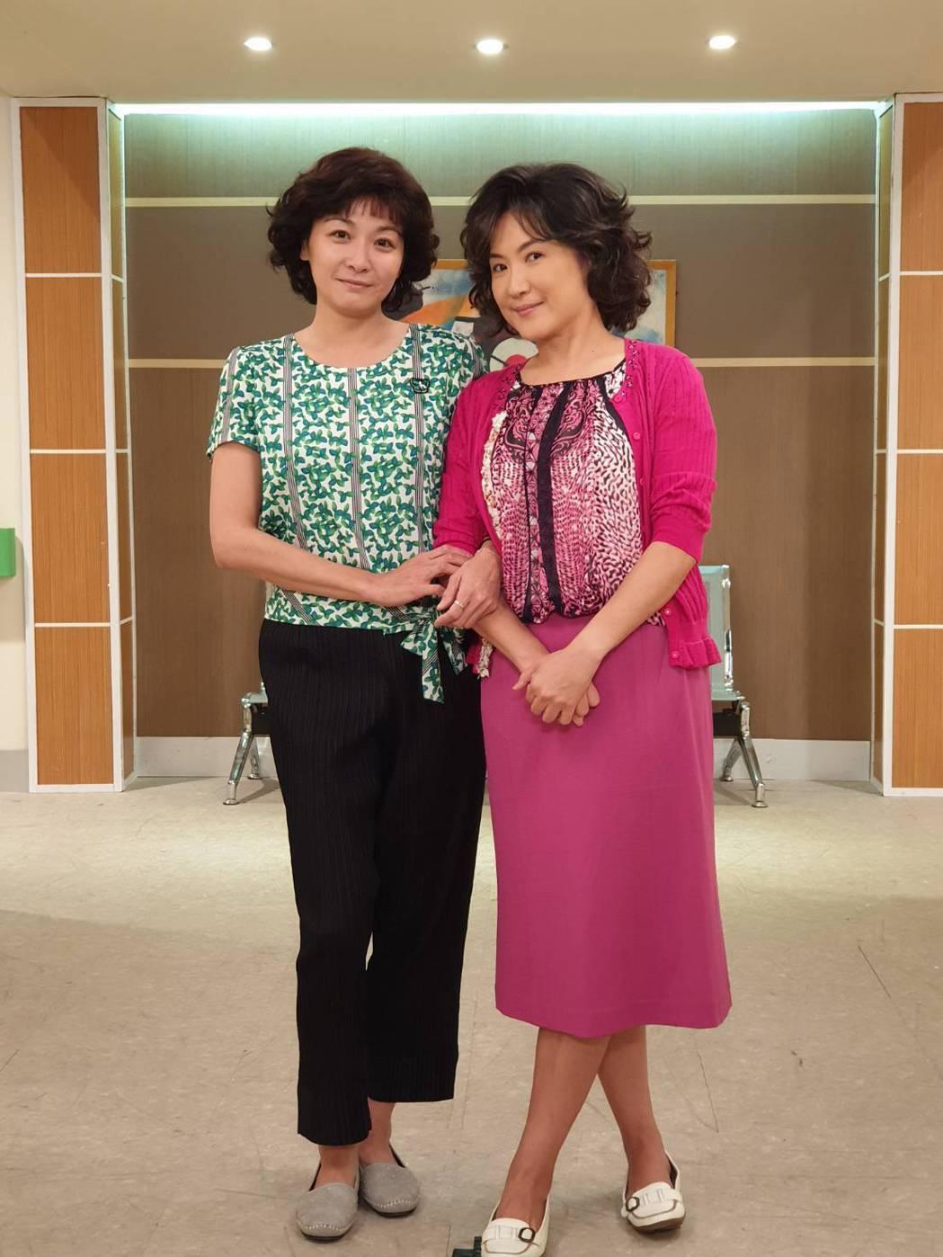 江祖平(左)、姚黛瑋在「大時代」中,將大玩靈魂附身。圖/民視提供