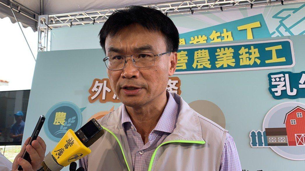 陳吉仲呼籲國人從香港入境勿攜帶肉類及肉製品。記者吳淑玲/攝影