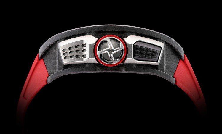 RM 70-01 Alain Prost陀飛輪腕表,配有力距限制裝置的表冠,防止...