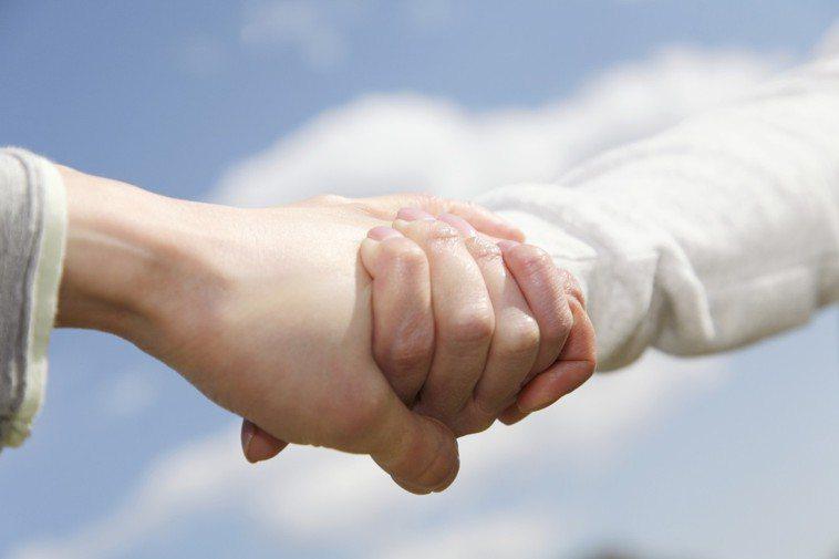 愛情分3種型態,以「婚姻長久」為前提的是哪一種? 示意圖/ingimage