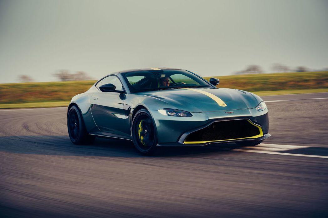 Aston Martin Vantage AMR總車重比標準版減輕了95kg。 ...