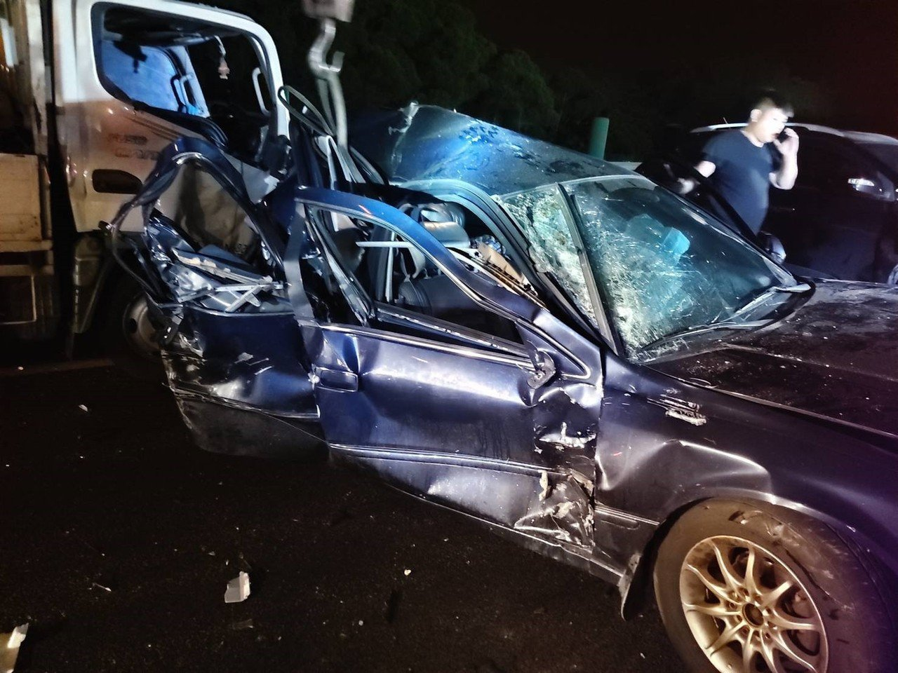 國道三號南下苗栗竹南路段11日深夜11點多發生事故。圖/記者胡蓬生翻攝