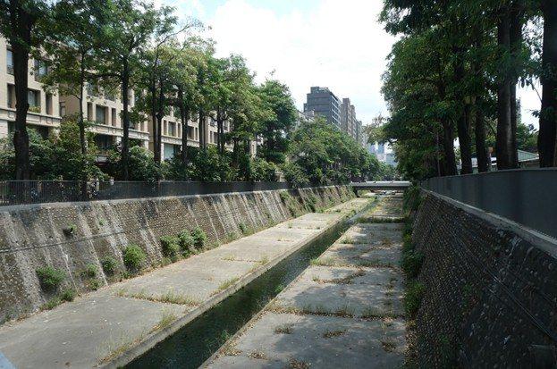 台中市政府今天說明,目前台中市惠來溪水正施工改善中。圖/台中市政府提供
