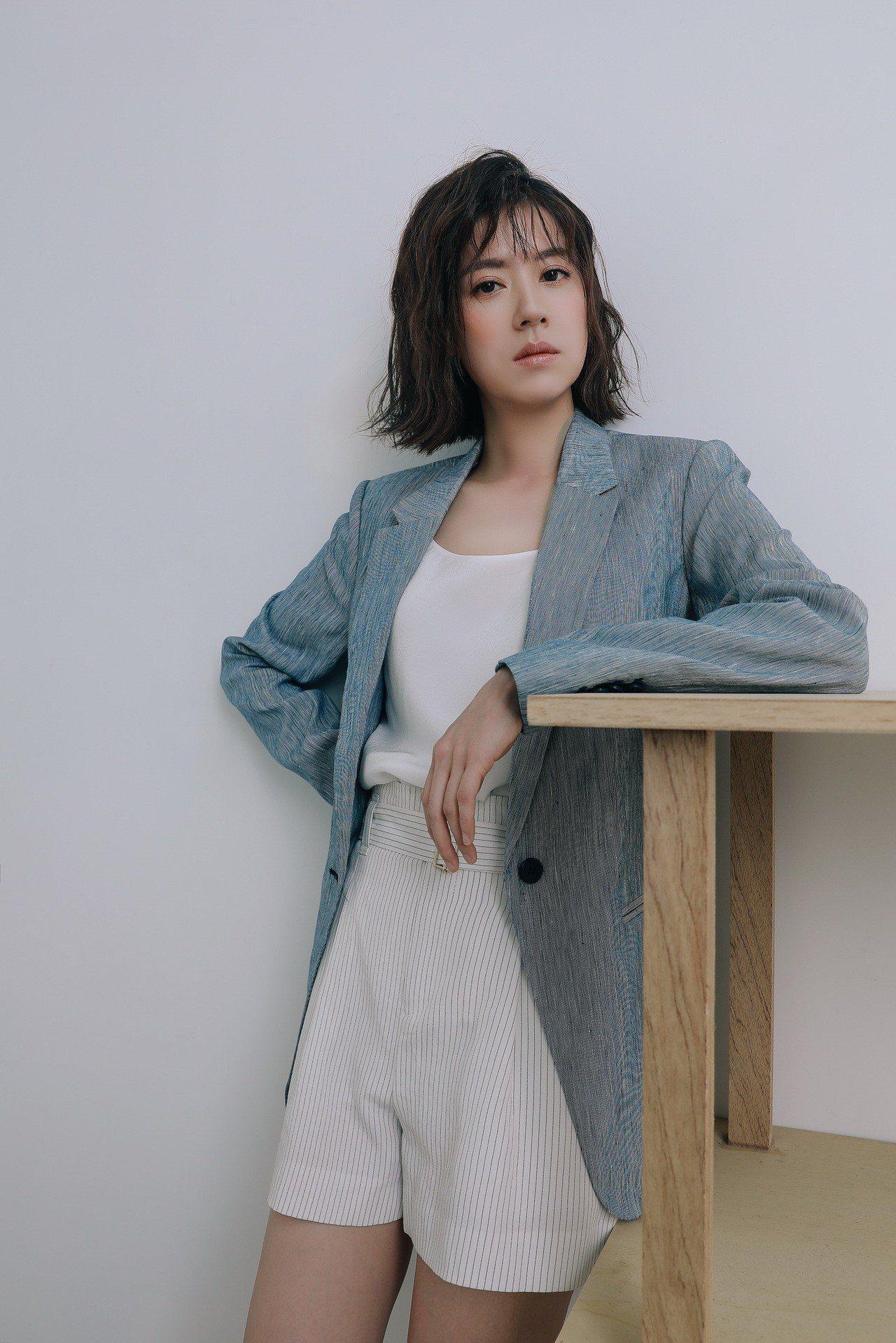 在《我們與惡的距離》中飾演賈靜雯妹妹「宋喬平」的女星林予晞,受台灣Club Mo...