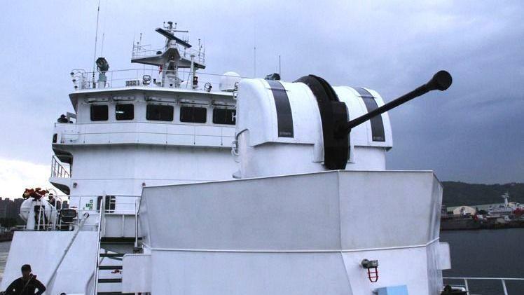 馬政府時代的強化海巡編裝方案,由海軍無償撥交海巡署8門40快砲,配備在海巡新北、...