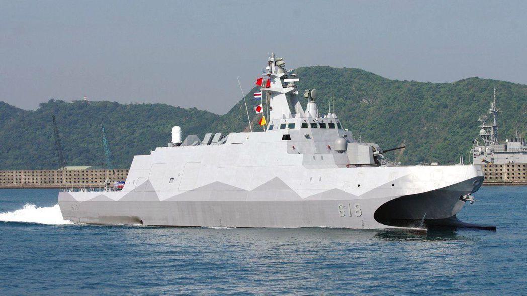 海巡新造12艘600噸級巡防艦,藍圖採用海軍放大版的沱江艦,主砲將採用鎮海火箭彈...