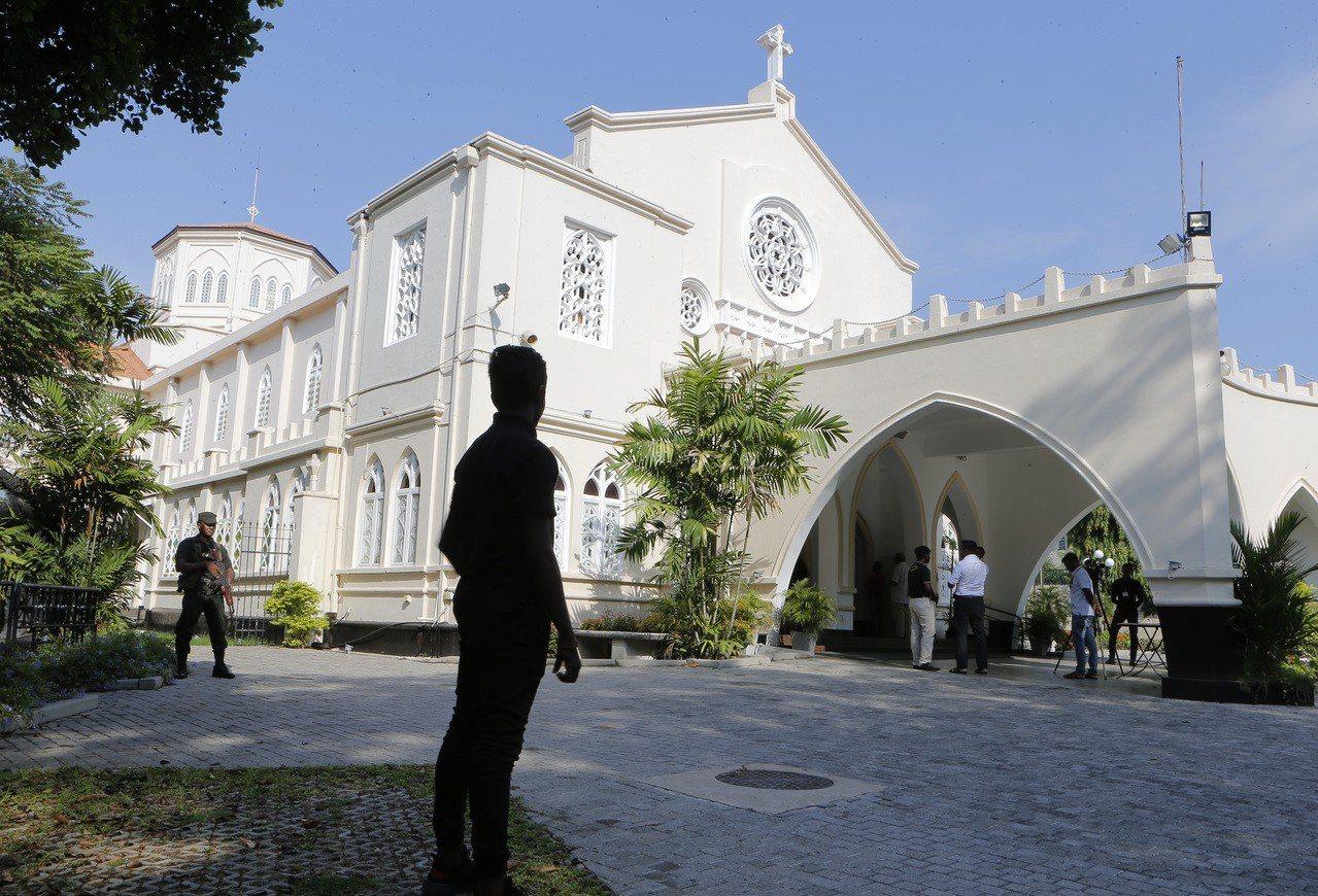 斯里蘭卡多個城鎮掀起反穆斯林暴亂,官方今天再度暫時封鎖臉書。 美聯社