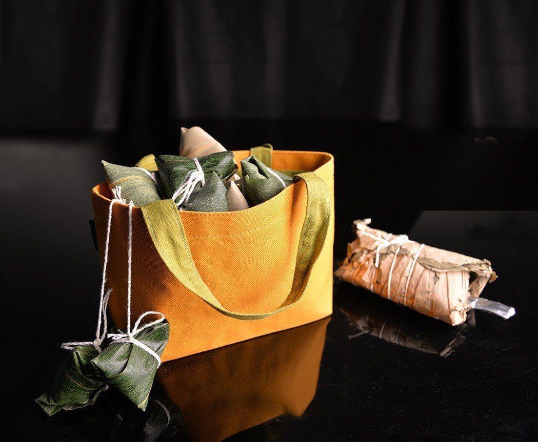 台南晶英聯名廣富號帆布推「豬事好運提袋」,每只售價480元。 業者/提供