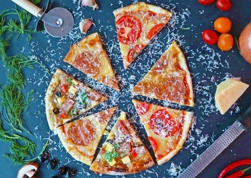 士林廚房「玩樂披薩區」成品。 萬麗酒店/提供