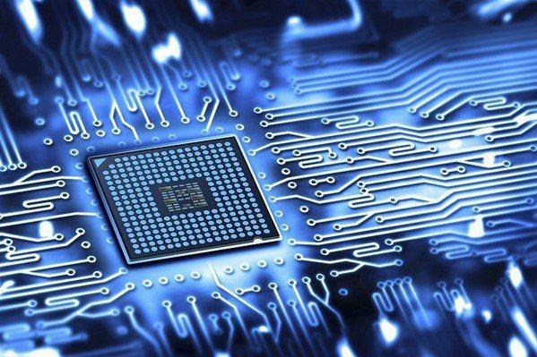 圖2 : 現今硬體技術已趨於成熟,各工業電腦廠商的產品差異不大,韌體才是創造差異...