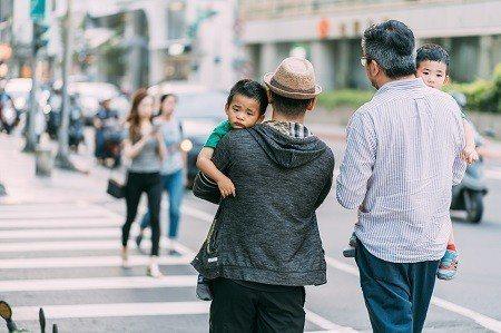 走在台北街頭,開放和包容的城市氛圍,讓每一個人都能自由自在地生活。 (攝影/KR...