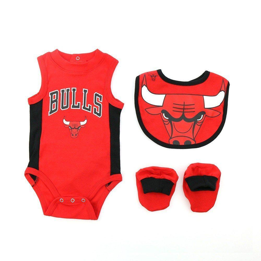 NBA公牛隊新生兒包屁衣多件組。圖/Yahoo提供