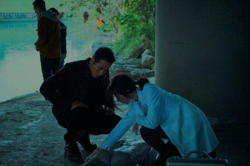莊凱勛、邵雨薇合演「緝魔」。圖/華映提供