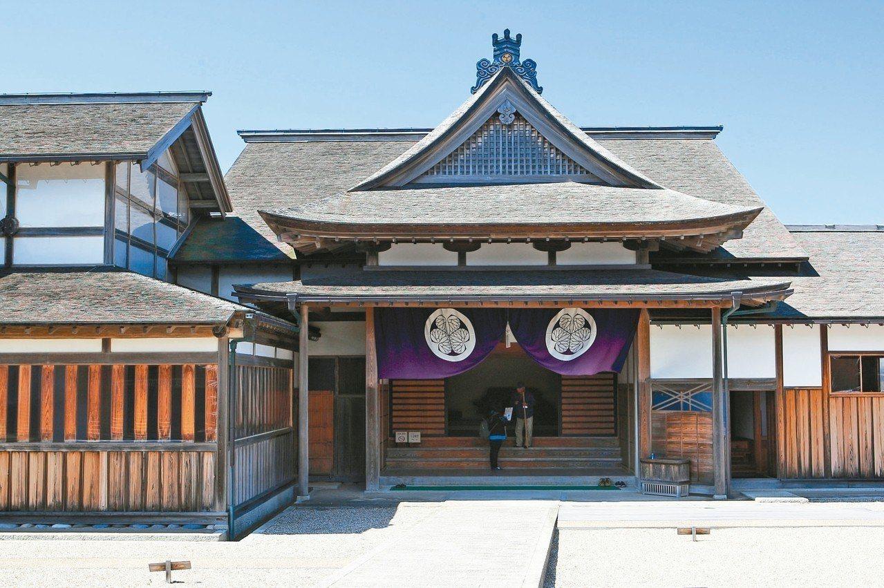 佐渡奉行所在幕府時代,是日本唯二的鑄幣場所。 記者陳睿中/攝影