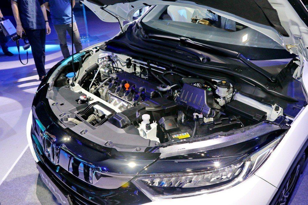 動力部分依然搭載一具1.8升自然進氣引擎。 記者陳威任/攝影