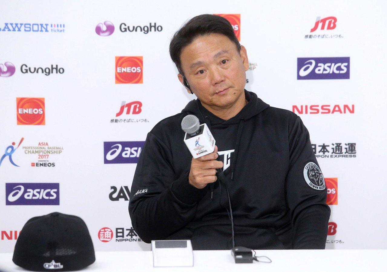 中職推選12強總教練,遭洪一中婉拒。 報系資料照