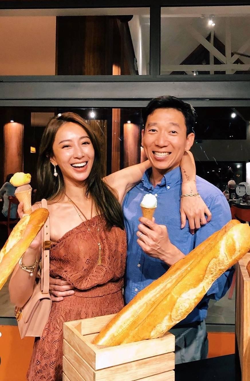 隋棠(左)與老公Tony狂放閃。圖/截圖自IG