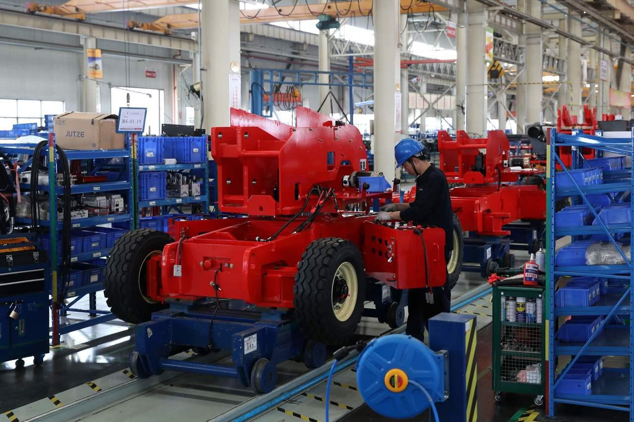 美國貿易代表署(USTR)13日公布擬對3000億美元中國大陸輸美商品加徵25%...