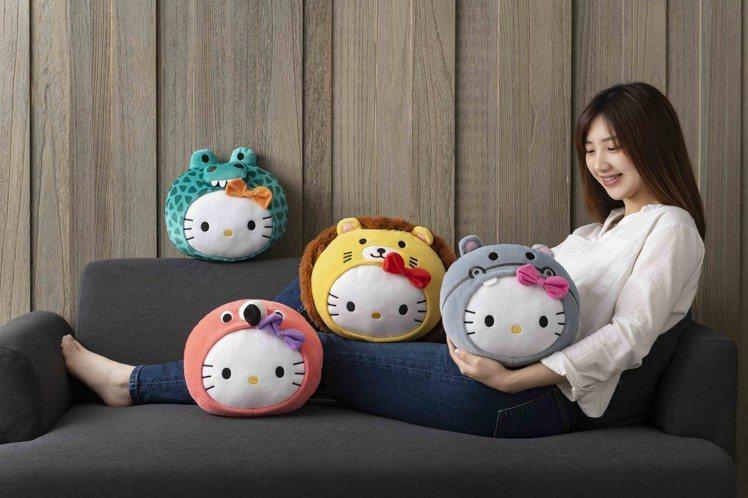 全球獨家設計的「萌獸探險趣抱枕」共四款造型,抱枕質地細緻柔軟。圖/麥當勞提供