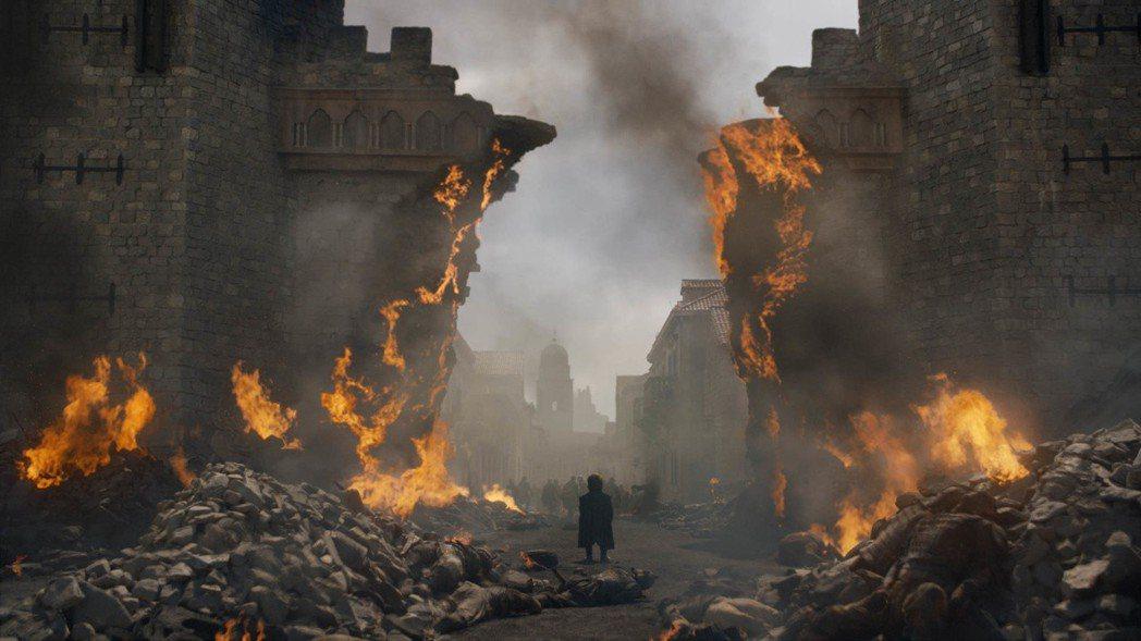 「冰與火之歌:權力遊戲」將近尾聲,卻引起兩極反應。圖/HBO提供