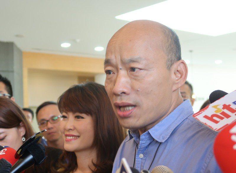 高雄市長韓國瑜表示,明晚夜宿要達到傾聽農民、了解空汙、單親家庭三個目標。記者徐如宜/攝影