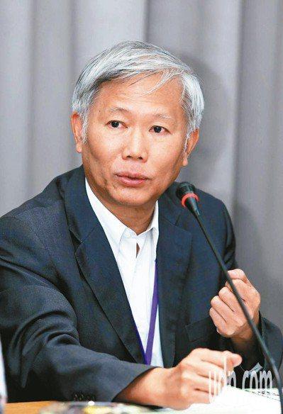 中研院院士陳培哲表示,台灣的研究人才庫少,由研究題目不難得知計畫申請者的身分,雙盲審查的公平性和公正性增加的效果,可能非常有限。 圖/聯合報系資料照片
