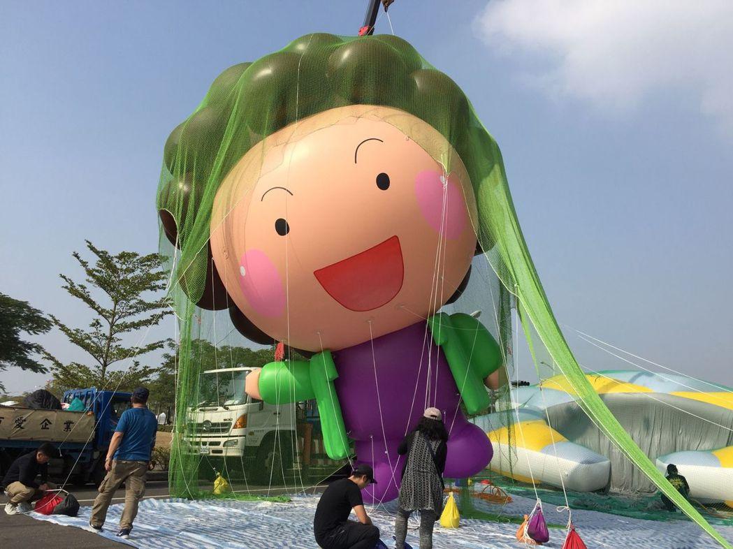 高雄市前市長陳菊的「花媽」是頗受歡迎的Q版圖案。 圖/聯合報系資料照片