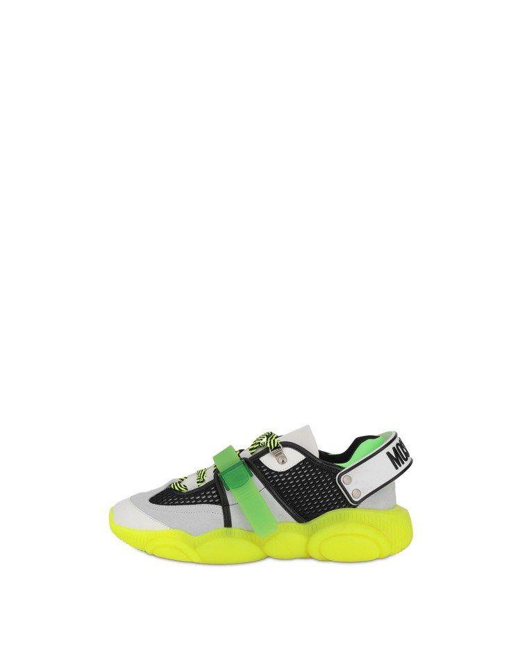 熊熊跑步鞋,21,300元。圖/Moschino提供
